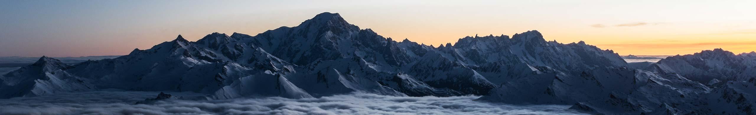 Bannière : vue sur le Mont-Blanc au coucher de soleil